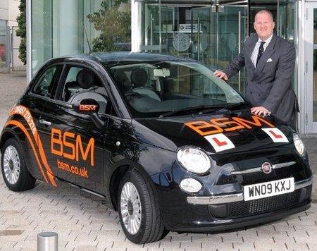 Autoescuela británica compra 14.000 unidades de Fiat 500