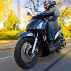 Foto 8 de 53 de la galería mx-motor-c5-125-primer-scooter-de-rueda-alta-de-la-marca-espanola en Motorpasion Moto