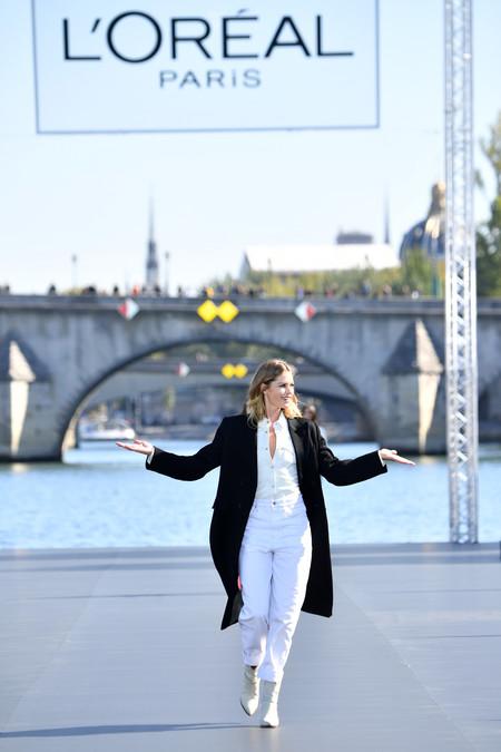 Los 15 mejores looks que nos dejó el gran espectáculo del desfile de L'Oréal en Paris