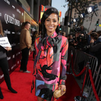 La moda de Juan Vidal llega a Hollywood de la mano de Meta Golding