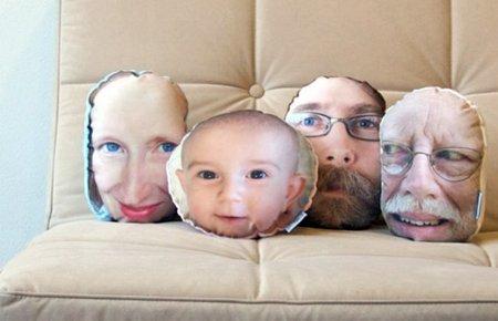 Tu cara en una almohada con PillowMob