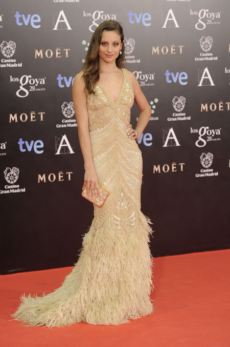Alfombra roja de los Premios Goya 2014: Michelle Jenner apuesta por el nude