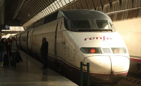Ave Renfe Serie 100 2
