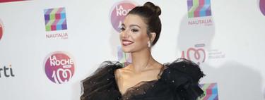 Ana Guerra se arriesga con escotazo y mini falda en el concierto de Cadena 100 de Madrid