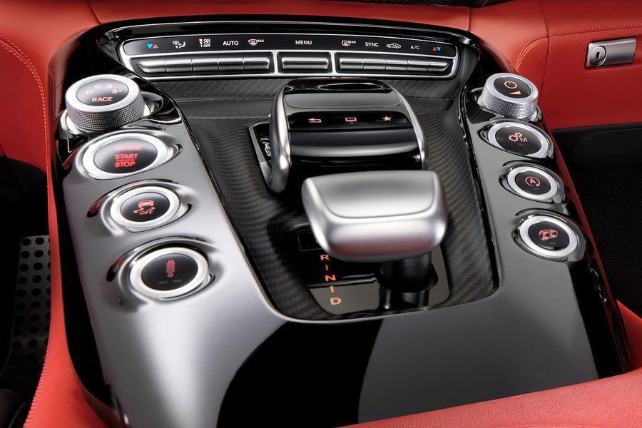 Foto de Mercedes-Benz AMG GT, interior (4/5)