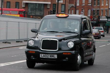Los nuevos taxis londinenses tendrán que ser eléctricos a partir de 2018