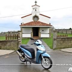 Foto 14 de 41 de la galería honda-scoopy-sh300i-prueba-valoracion-y-ficha-tecnica en Motorpasion Moto