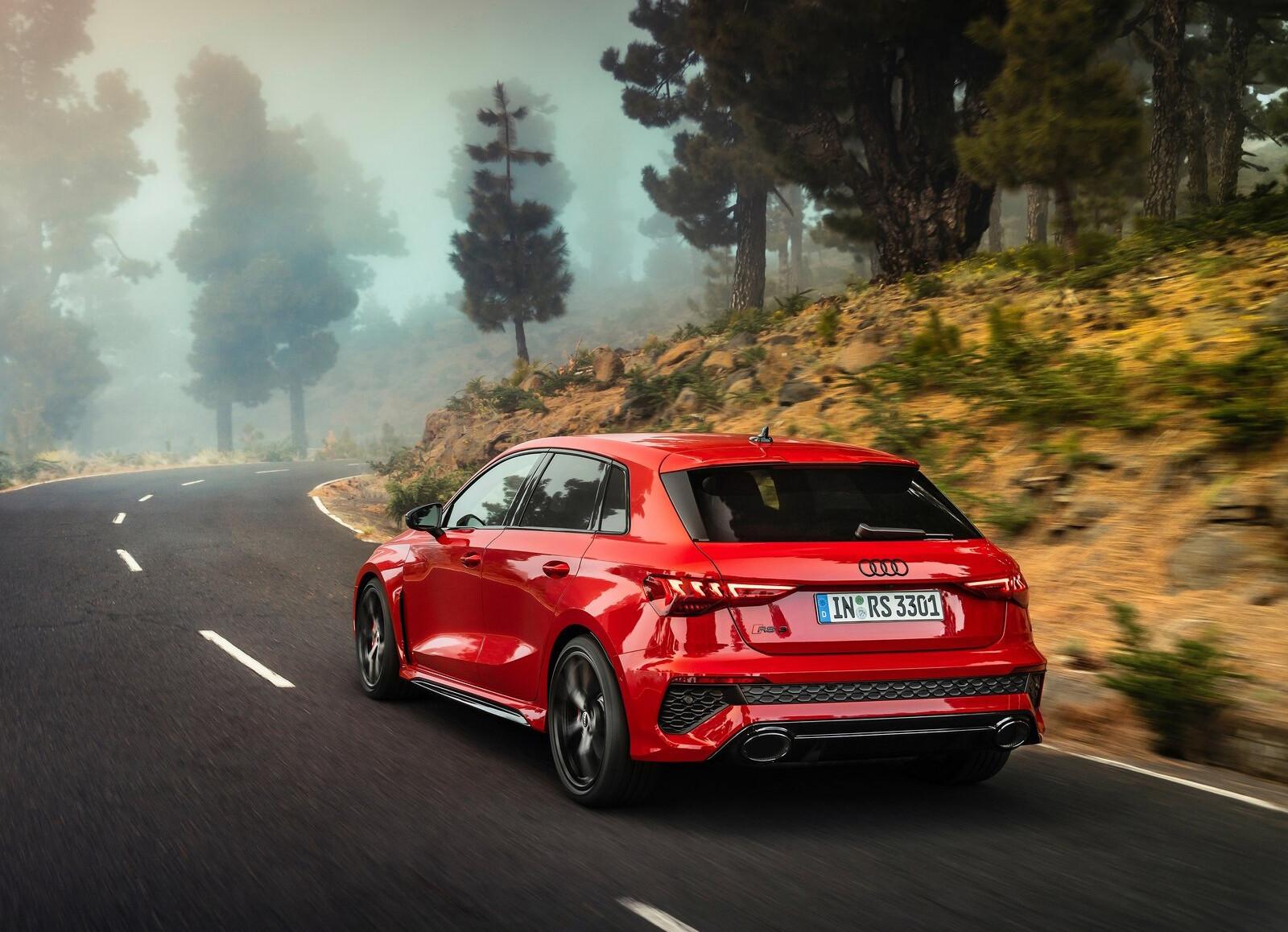 Foto de Audi RS 3 2022 (75/99)