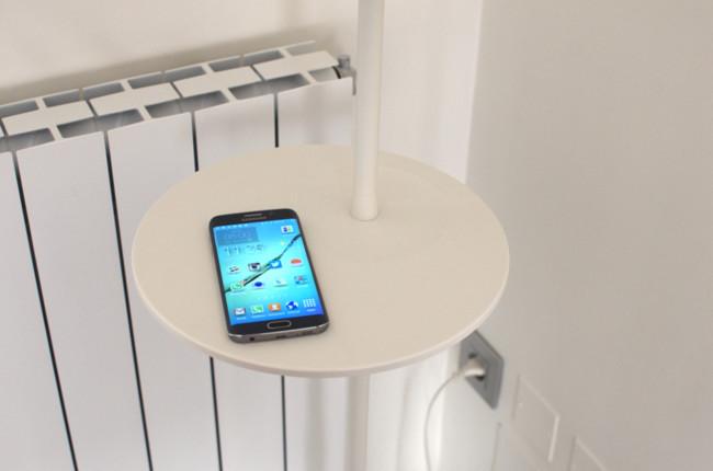 Muebles de ikea que cargan sin cables tu smartphone as for Ikea lamparas de pared