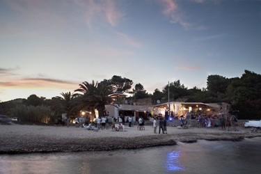 Diesel Island: el chiringuito más cool de Ibiza (o cómo comunicar moda hasta en la playa)