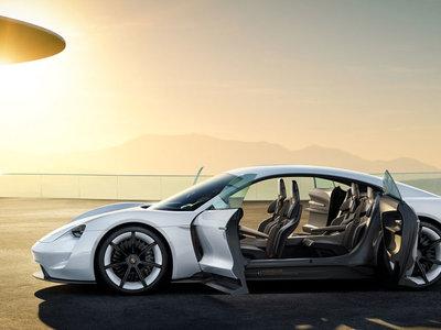 Porsche sigue soltando pistas de su eléctrico Mission E: la versión más potente llegará con 500 kW y 670 CV
