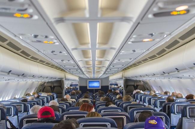 Airplane Seats 2570438 480