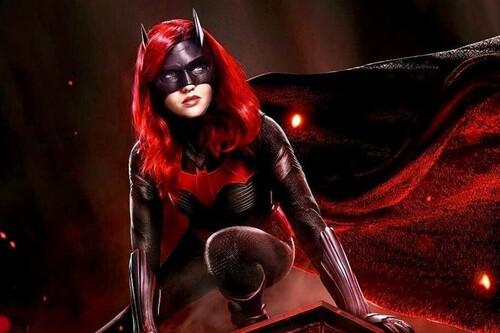 'Batwoman' T2: cambio de heroína y una pizca menos de carisma para el regreso del bat-verso televisivo a HBO