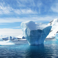 Un millonario quiere llevar un iceberg de dos kilómetros de largo a Emiratos Árabes para combatir la falta de agua dulce