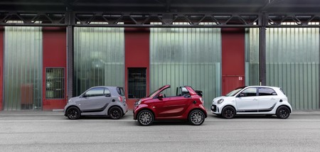 Los nuevos smart EQ fortwo y forfour ya están a la venta en España: el pequeño coche eléctrico parte desde los 24.450 euros