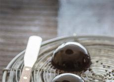 Cómo hacer un glaseado negro para tartas brillante como un espejo. Receta