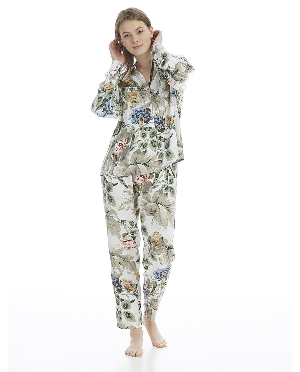 Pijama completo de mujer largo con estampado de flores