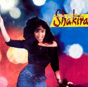Shakira vintage... vaya ceja, maja