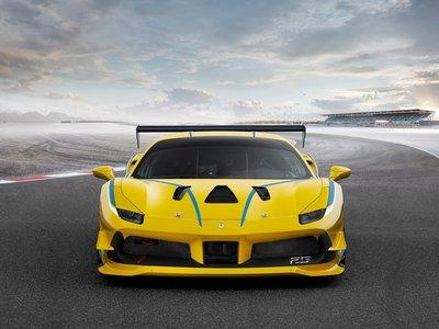 """Ferrari 488 Challenge. ¿Listo para controlar tres """"manettinos""""?"""