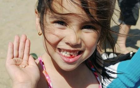 El cuidado de los dientes de los peques durante las vacaciones