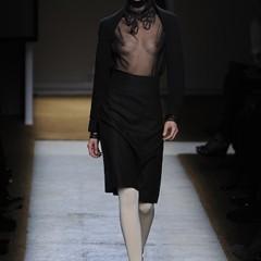 Foto 16 de 17 de la galería yves-saint-laurent-primavera-verano-2010-en-la-semana-de-la-moda-de-paris en Trendencias