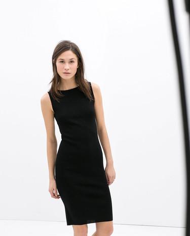 Los 10 little black dress de Zara que te enamorarán