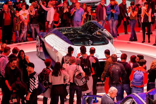 El Salón del Automóvil de Ginebra 2020 cae por el coronavirus: el Gobierno de Suiza prohíbe reuniones de más de 1.000 personas