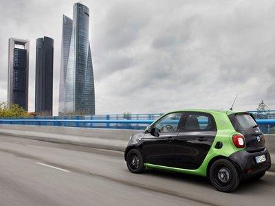 """Probando el Smart ED Fortwo: así es el eléctrico que quiere convertirse en el """"mejor segundo coche"""""""
