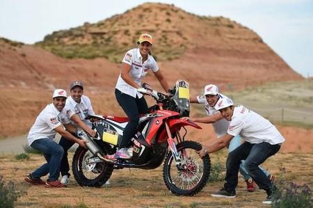 Laia Sanz ficha con el equipo Honda HRC para el Dakar 2015