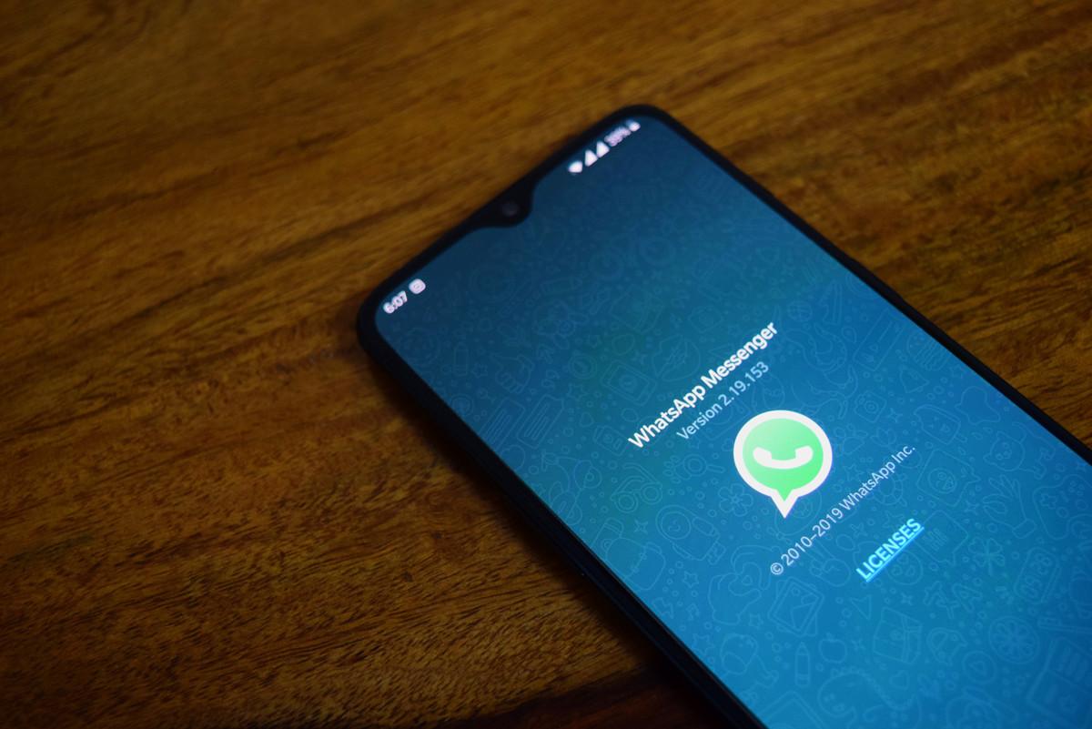 Un impuesto a WhatsApp: la medida de Líbano para reducir parte de su gigantesca deuda