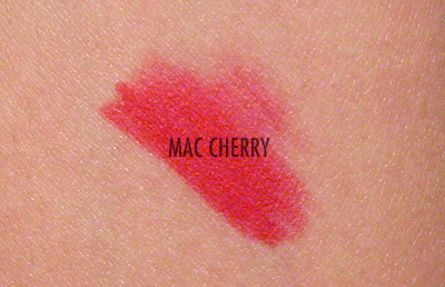 MAC perfilador labios Cherry Swatch