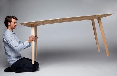 Probablemente la mesa de madera más ligera del mundo