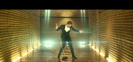 Burbujas por doquier y David Bisbal bailando a lo Elvis... Es Navidad