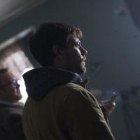 Cinemax está encantada con los exorcismos de 'Outcast' y la renueva antes de estrenarla