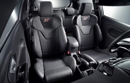 Ford Fiesta St200 7