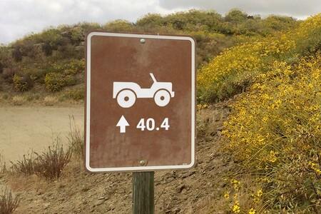"""Jeep está jugando a las adivinanzas antes de presentar un nuevo Jeep Wrangler """"más grande y diferente"""""""