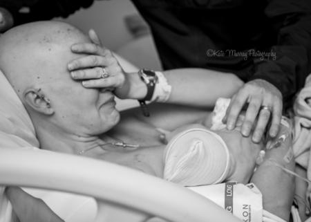 El milagro de la lactancia después de superar un cáncer de mama