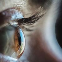 Esta iraní ha desarrollado materiales para administrar fármacos por los ojos