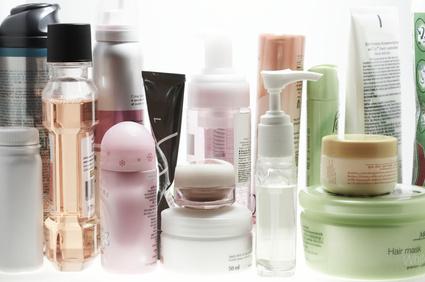 La cosmética masculina versus la cosmética femenina