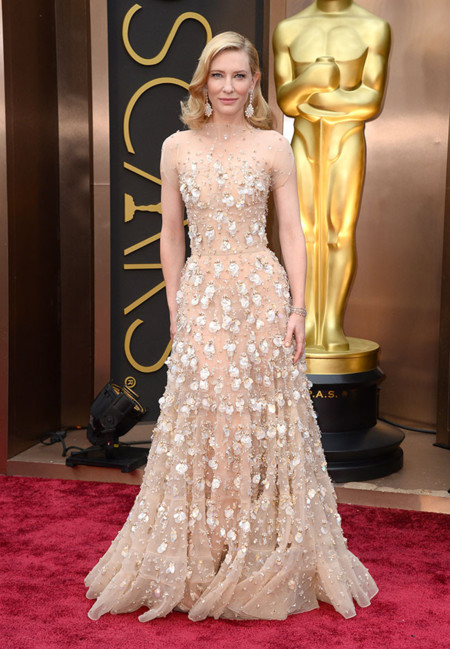 Cate Blanchett la reina de la red carpet en los Oscar 2014