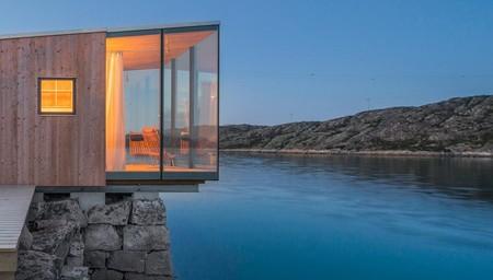 ¿Te imaginas levantarte y tener el mar a tus pies? En esta isla noruega es posible