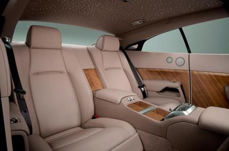 Rolls-Royce Wraith 2013 plazas traseras