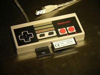 Lector de tarjetas en un mando de la NES
