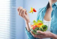 Algunos ingredientes que no deben faltar en las ensaladas del verano
