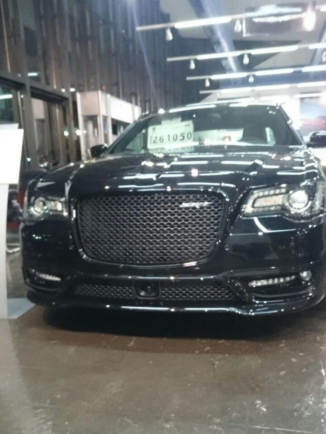 Chrysler 300srt >> Chrysler 300 SRT8 (4/10)