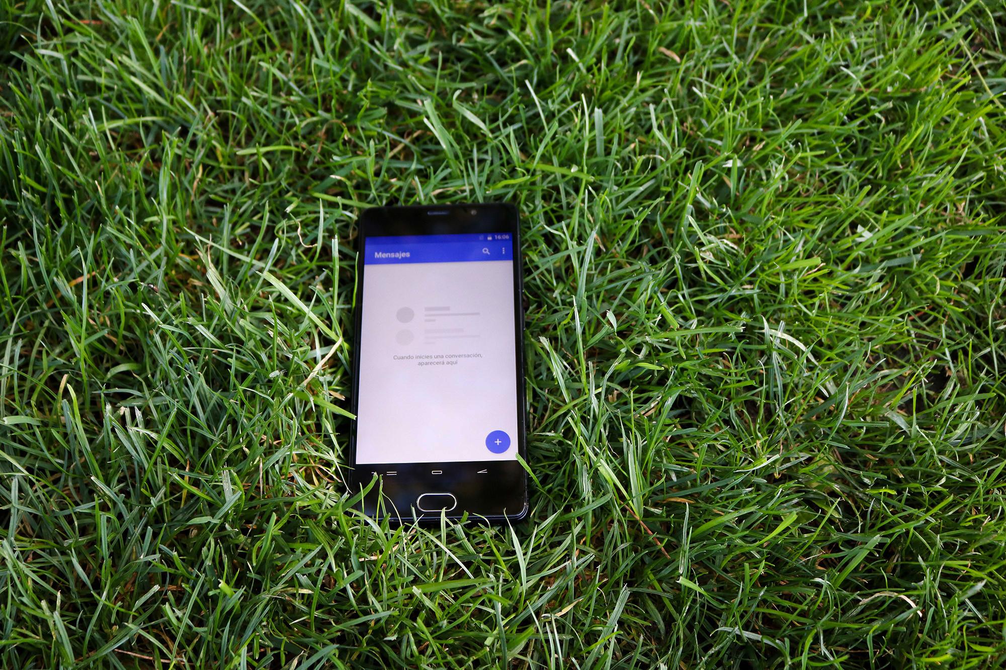 Foto de Diseño del Energy Phone Max 3+ (1/13)