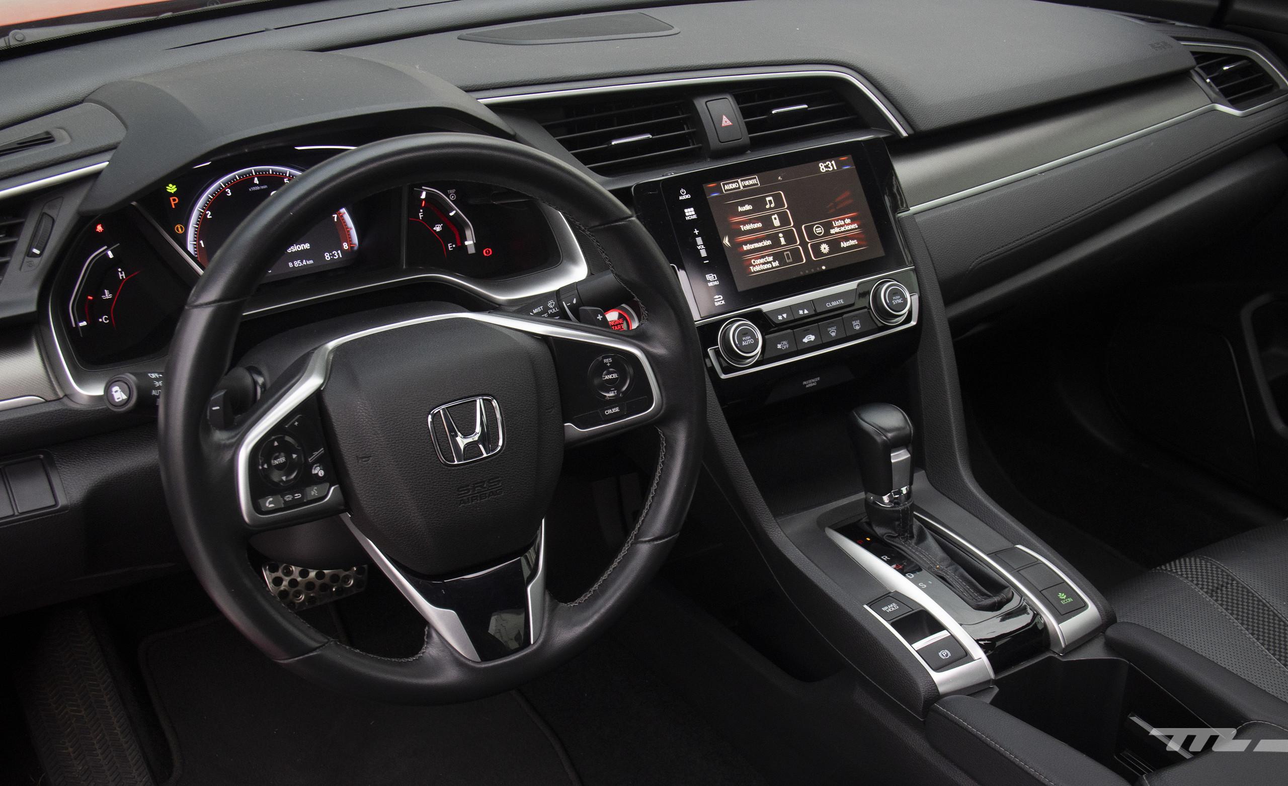 Foto de Honda Civic Coupé 2020 (61/70)