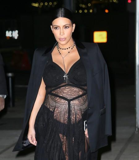 Kim Kardashian y cómo no vestirse durante el embarazo