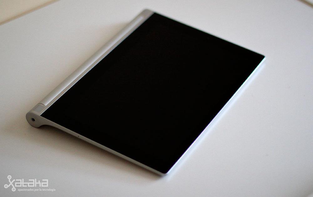 Foto de Lenovo Yoga Tablet 2 (20/20)