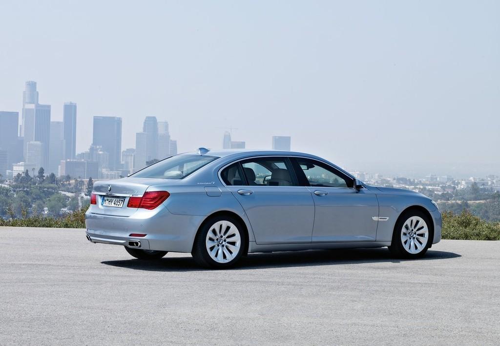 Foto de BMW ActiveHybrid 7 (7/30)